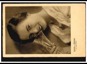 Foto-Ansichtskarte Neujahr Lächelnde Frau mit Sektglas, PERLEBERG 31.12.1936