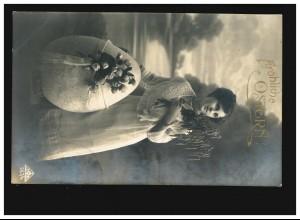 AK Frauen: Frau mit Birkenzweig und Osterei, Fröhliche Ostern, Hof 27.03.1918