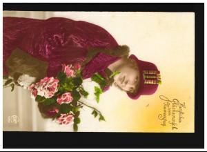AK Frauen: Frau rote Blumen, Glückwunsch Namenstag, Geisenhausen 09.09.1927