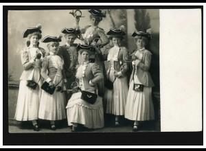 Foto-AK Horn-Bläserinnen in Tracht mit Posthorntaschen um 1920, ungebraucht