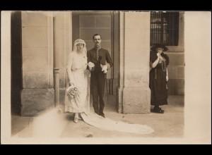 Ansichtskarte Das Brautpaar mit lachender Schwiegermutter, SCHLITZ 19.7.1920