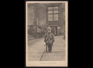 Foto-AK Der jüngste Kriegsfreiwillige, CREFELD 25.12.1915 nach Vorst