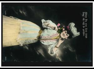 Mode-AK Frau im weiß-blauem Kleid mit Rosen, GÖTTINGEN 1 g 7.4.1907