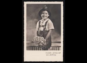 lachendes Kind in Tracht + Blumen, Herzlichen Glückwunsch Muttertag ungebraucht