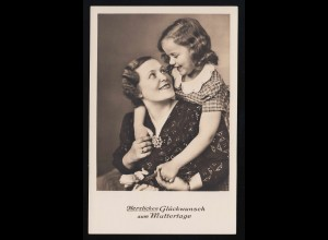 Mutter Tochter Umarmung Lächeln Hände halten, Glückwunsch Muttertag ungebraucht