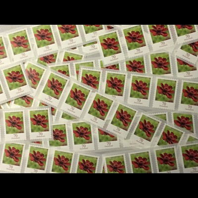 500 Briefmarken zu 70 Cent, selbstklebend, Frankaturwert 350 Euro in Deutschland