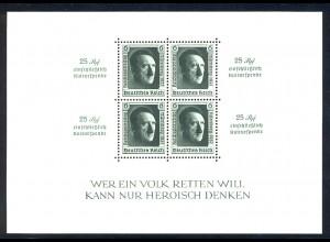 Block 11 Hitler mit Zudruck und Aufdruck Reichsparteitag 1937, **